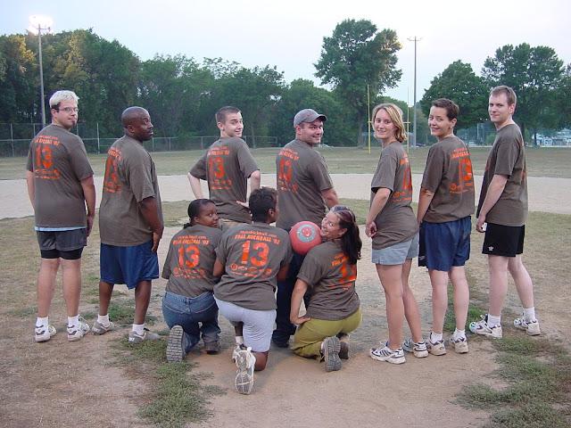 Kickball Fall 2003 - DSC03903.JPG