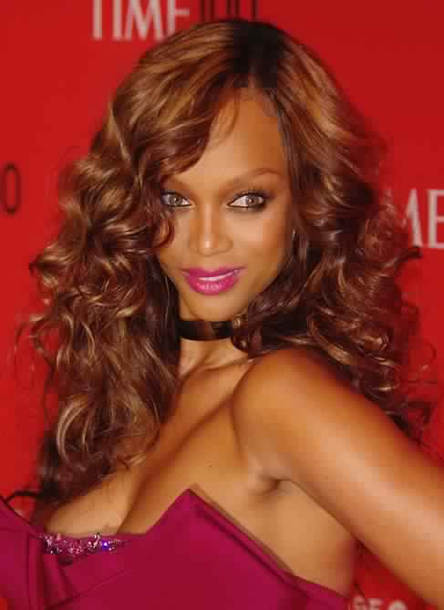 Tyra Banks Long Curly Hairstyle for Prom