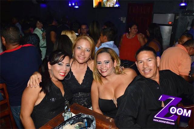 Latina 92.3fm Presenta 2do Festival de Karaoke @ Different Bar 4 April 2015 - Image_24.JPG