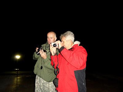 Na kraju su se dečki do dugo u noć hvalili svojom aparaturom......i međusobno si ju pokazivali..