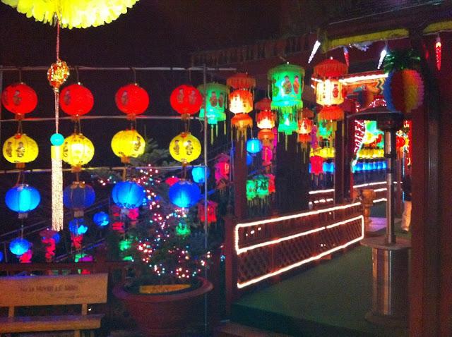 2012 Đêm Giao Thừa Nhâm Thìn - 6768131695_e56933a94d_b.jpg