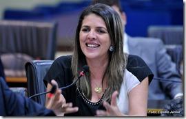 Verª. Nina Souza - Foto ELPÍDIO JÚNIOR (2)