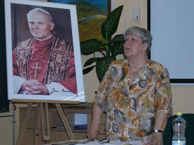 Spotkanie z autorem książek o św. Janie z Dukli i św. Janie Pawle II – Jadwigą Nowak - P6120087.JPG