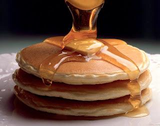 mungkin sudah menjadi pertanyaan banyak orang yang menyukai pancake Resep Ramadhan Pancake Paling Mudah