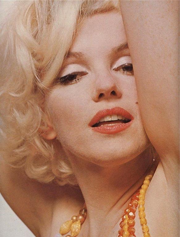 [Marilyn+Hot%5B2%5D]