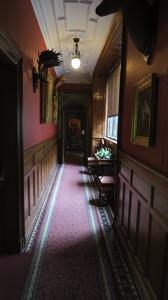 L Typical Corridor