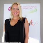 Elina Vesnina - Internationaux de Strasbourg 2015 -DSC_2504.jpg