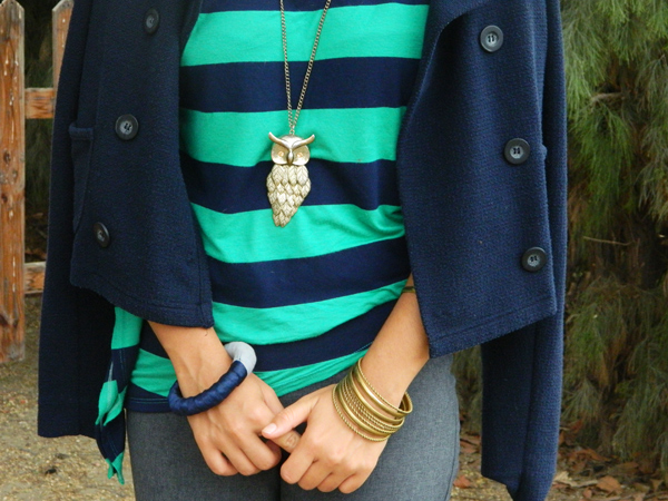 golden owl necklace green blue Stripes