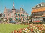Woerden. Stadhuis met  Nutsspaarbank. Gelopen gestempeld in 1997.