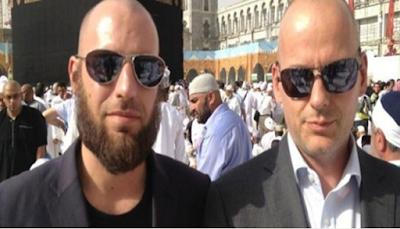 5 Kisah Mualaf Masuk Islam Karena Hal Unik