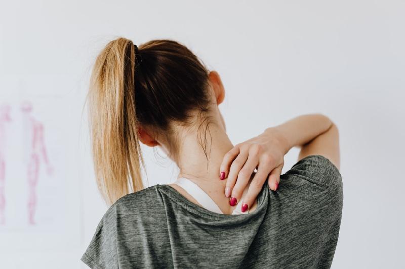 Boyun düzleşmesi tedavisi varmıdır?