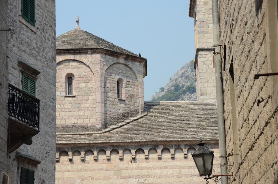 montenegro - Montenegro_330.jpg