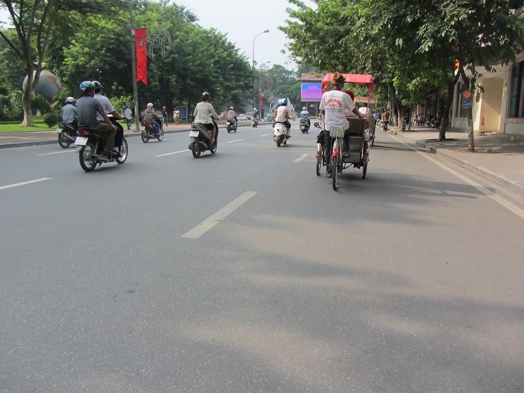 0013Pedicab_Ride_in_Hanoi