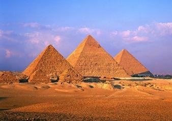 Limestone-great-pyramids-giza-eygpt(1)
