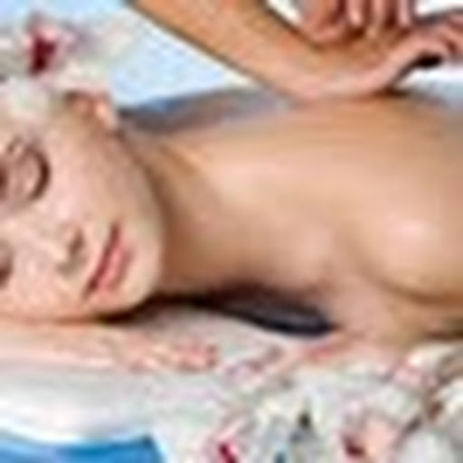 Massage and spa treatments for men Guildford