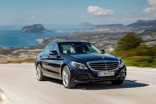 2014-Mercedes-C-Serisi-06