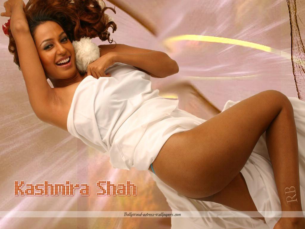 Show kashmira shah boob
