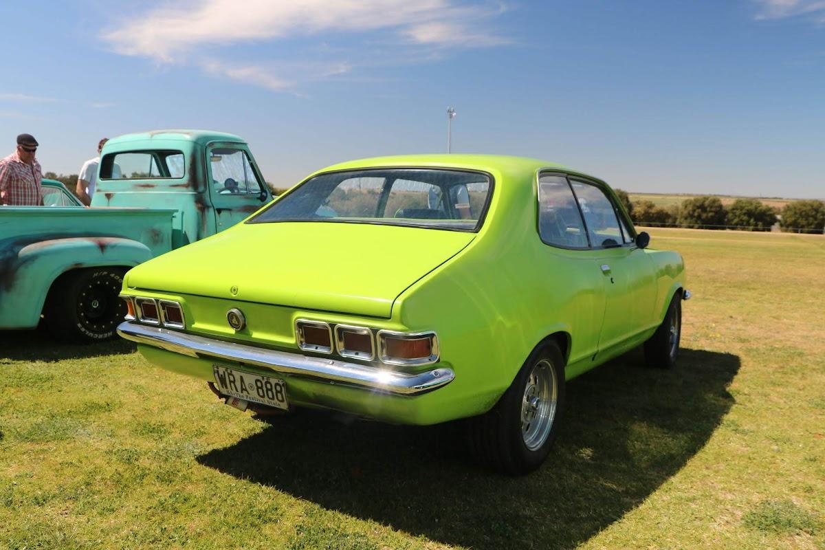 Holden Torana (01).jpg