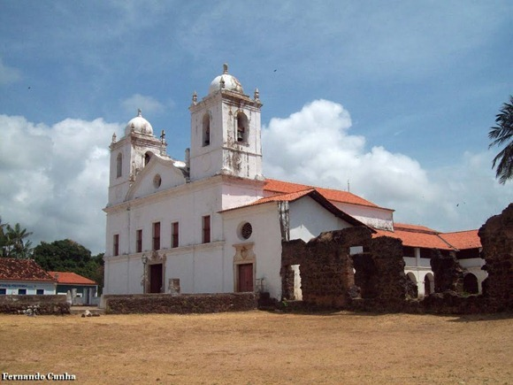 Igreja do Carmo, con rovine dell'antico Convento - Alcantara, Maranhao, foto: Fernando Cunha/Panoramio