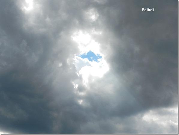 Loch im Himmel