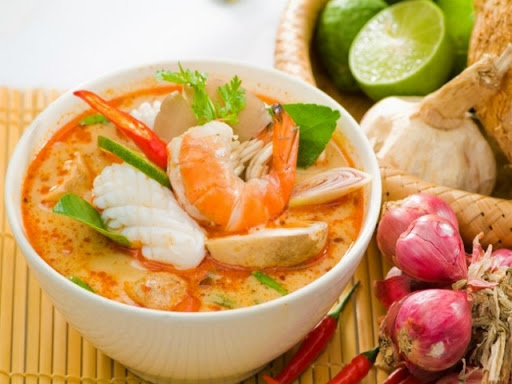 Thai Hot-and-Spicy Shrimp Soup
