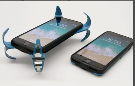 German Student Invents Phone Casing With Pops Out Legs
