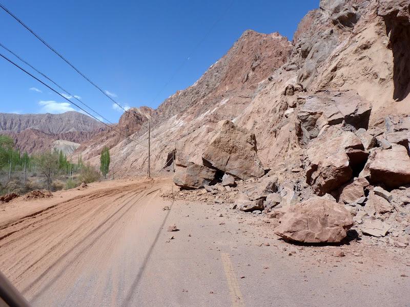 XINJIANG. Karakoram Highway, lune des plus haute route au monde, en passant a 4400 m - P1280467.JPG