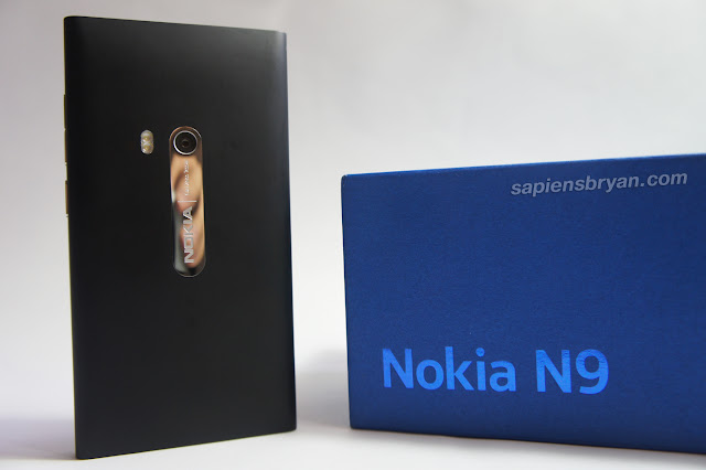 Rear View Of Nokia N9
