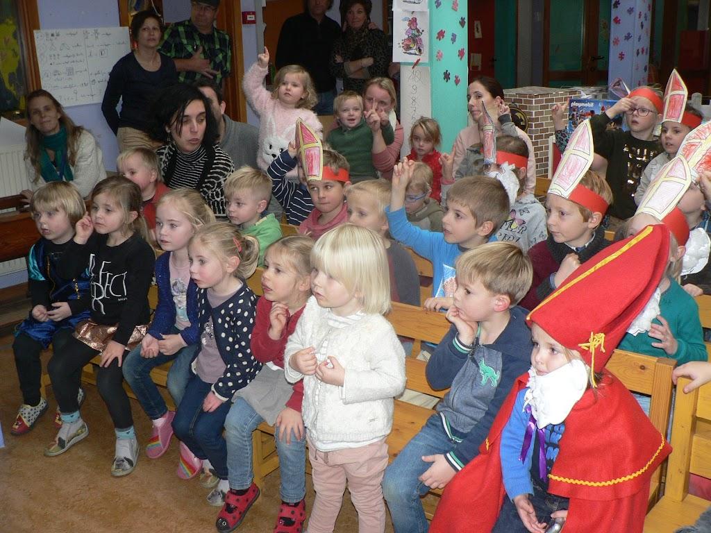Sinterklaas op bezoek - P1270310.JPG