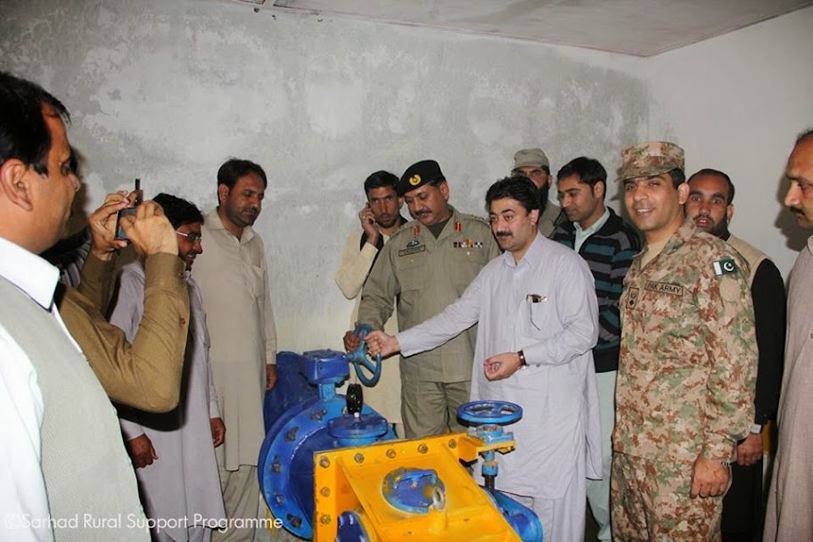Commander Dir Task Force Col. Nasar Umer Hayat Laleka formally inaugurating the MHP Unit.