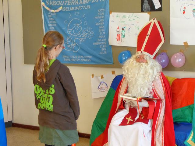 Sinterklaas op de scouts - 1 december 2013 - DSC00197.JPG