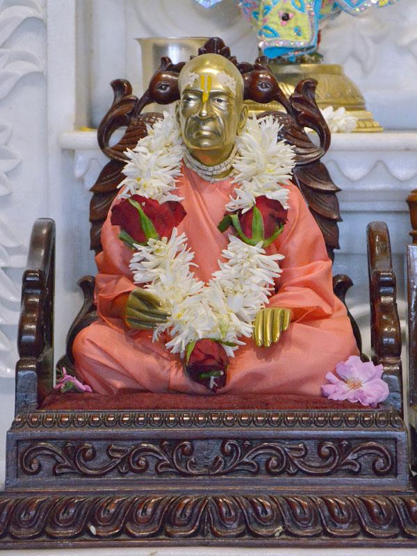 ISKCON Ahmedabad  Deity Darshan 14 June 2016 (11)