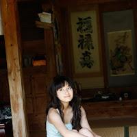 [BOMB.tv] 2010.04 Miyake Hitomi 三宅瞳 hm023.jpg