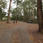Car park at Katandra Rd Picnic area (226828)