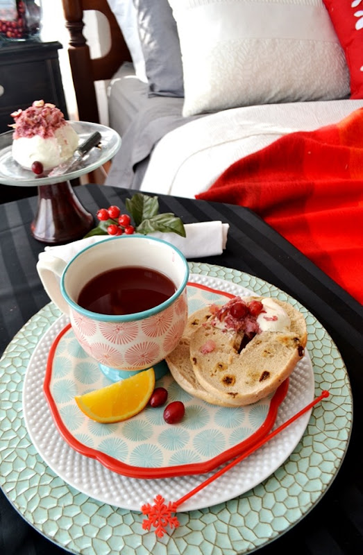 Breakfast in Bed_cranberry and teal tablescape