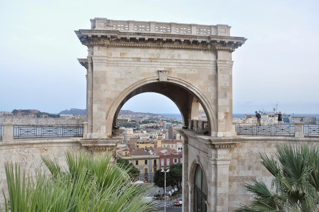Сами Старые ворота Кальяри