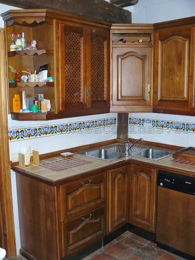 Muebles cocina rustica puertas de bao cocina u muebles de for Muebles de madera rusticos para cocina