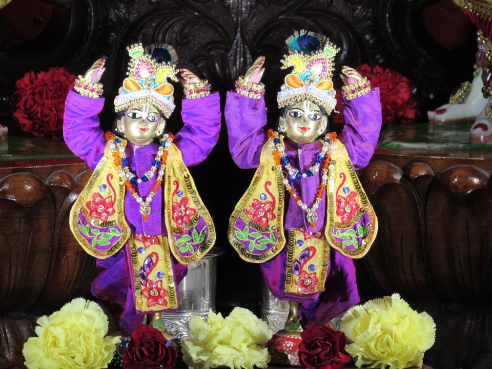 ISKCON Chicago Deity Darshan 22 Jan 2016  (8)