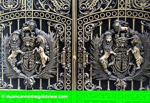 Hình 4: Dãy biệt thự xa xỉ của 3 anh em ruột đại gia Thái Bình