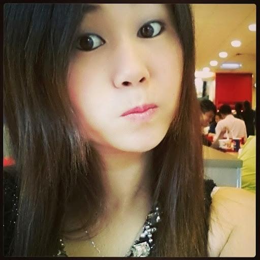 Yu Wang Photo 40