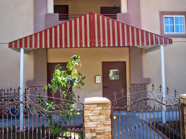 Commercial Awnings - Picture_096.jpg