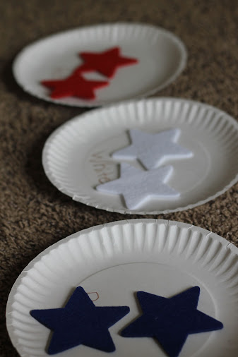 felt stars matching, zucchini summer blog, patriotic kid's game