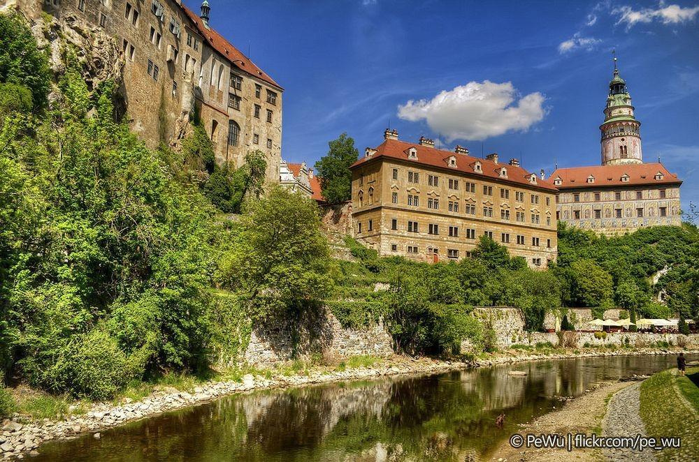 cesky-krumlov-castle-bears-7