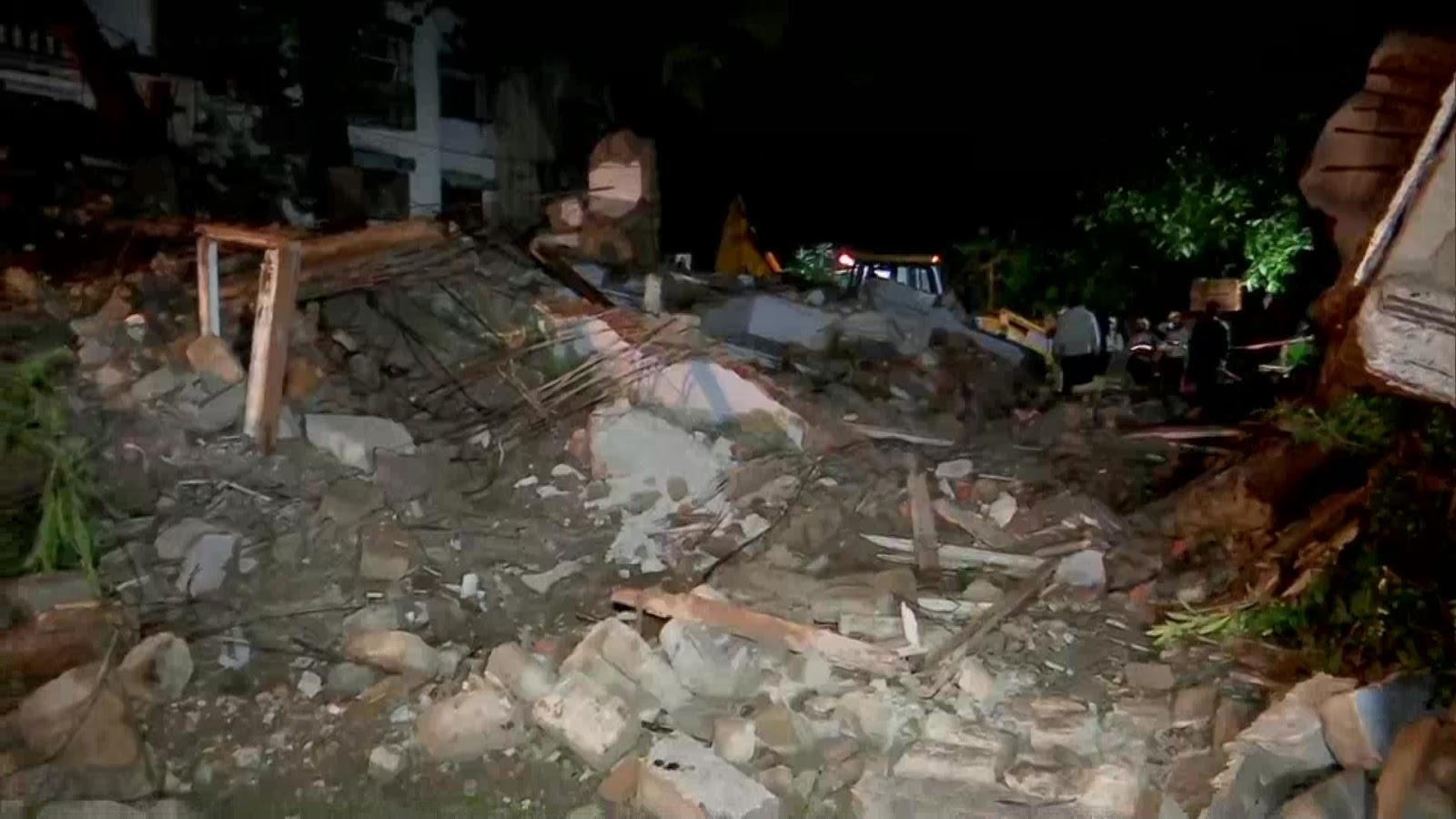 बांद्रा इलाके में गिरी चार मंजिला इमारत, सभी 16 लोगों को निकाला गया, दो की हालत गंभीर