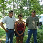 The descendants of Robert Harvey Gleaves who grew up on the Gleaves home place.