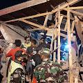 Bangunan Ponpes Al Madaro di Cianjur Ambruk, Puluhan Santri Dievakuasi