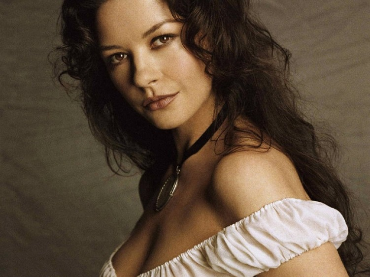 Catherine-Zeta-Jones[5]