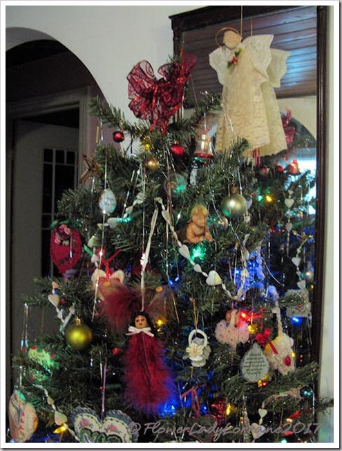 12-16-main-tree4