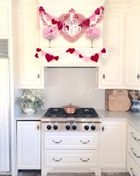 Decorating for Valentine's Day: QUICK AND EASY