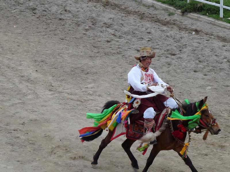 Chine. Yunnan.Shangri la Course hippique annuelle - P1250693.JPG